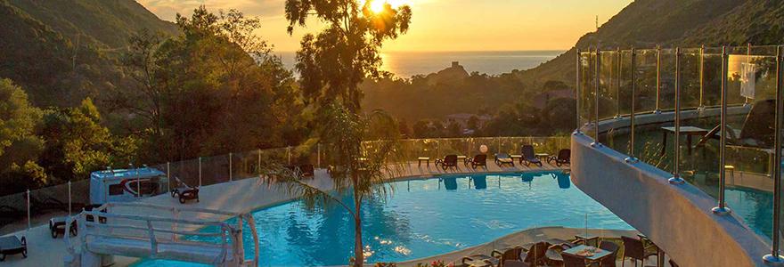 hotel ou camping en Corse